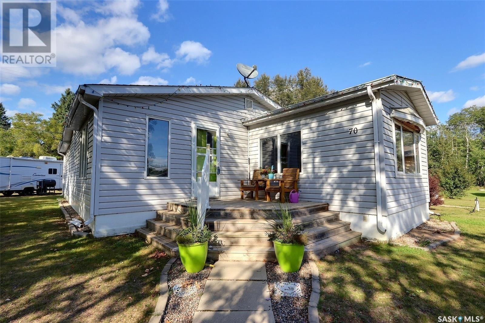 Main Photo: 70 3rd AVE W in Christopher Lake: House for sale : MLS®# SK840526
