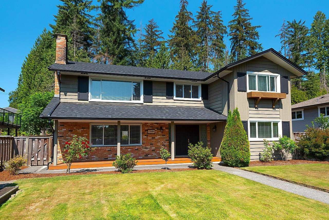 Main Photo: 2009 BOULEVARD Crescent in North Vancouver: Boulevard House for sale : MLS®# R2624697