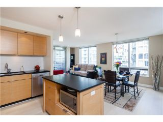Photo 4: # 905 1055 HOMER ST in Vancouver: Yaletown Condo for sale (Vancouver West)  : MLS®# V1081299