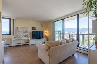 """Photo 10: 2001 1330 HARWOOD Street in Vancouver: West End VW Condo for sale in """"Westsea Towers"""" (Vancouver West)  : MLS®# R2481214"""