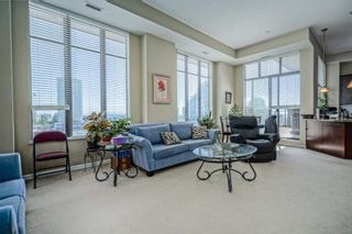 """Photo 2: 801 1581 FOSTER Street: White Rock Condo for sale in """"Sussex House"""" (South Surrey White Rock)  : MLS®# R2603726"""