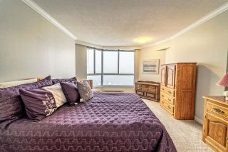 """Photo 10: 1805 1245 QUAYSIDE Drive in New Westminster: Quay Condo for sale in """"THE RIVIERA"""" : MLS®# R2243122"""