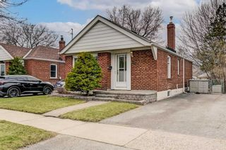 Photo 2: 24 Highvale Road in Toronto: Clairlea-Birchmount House (Bungalow) for sale (Toronto E04)  : MLS®# E5182844
