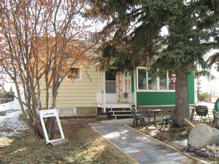 Photo 3: 309 1st Street East in Kyle: Residential for sale : MLS®# SK846189