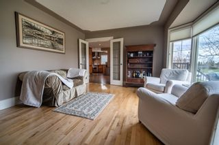 Photo 10: 3216 Lancaster Way SW in Calgary: Lakeview Detached for sale : MLS®# A1106512