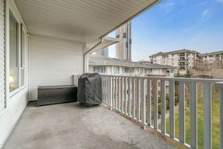 """Photo 14: 402 4723 DAWSON Street in Burnaby: Brentwood Park Condo for sale in """"COLLAGE"""" (Burnaby North)  : MLS®# R2465101"""