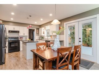 """Photo 8: 18677 61A Avenue in Surrey: Cloverdale BC House for sale in """"EAGLECREST"""" (Cloverdale)  : MLS®# R2426392"""