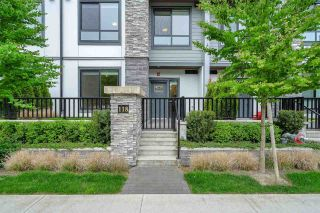 """Photo 1: 118 15351 101 Avenue in Surrey: Guildford Townhouse for sale in """"The Guildford"""" (North Surrey)  : MLS®# R2574525"""