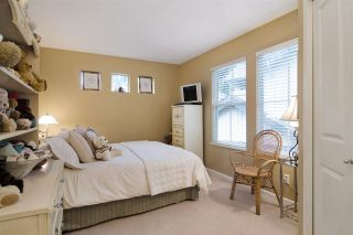 """Photo 15: 63 1550 LARKHALL Crescent in North Vancouver: Northlands Townhouse for sale in """"NAHNEE WOODS"""" : MLS®# R2025165"""