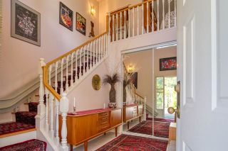 """Photo 9: 8 554 EAGLECREST Drive in Gibsons: Gibsons & Area Townhouse for sale in """"Georgia Mirage"""" (Sunshine Coast)  : MLS®# R2474537"""