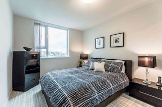 """Photo 19: 905 125 MILROSS Avenue in Vancouver: Mount Pleasant VE Condo for sale in """"CREEKSIDE"""" (Vancouver East)  : MLS®# R2218297"""