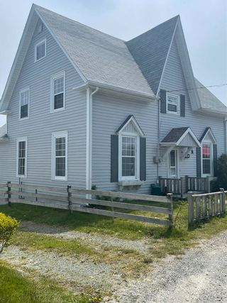 Photo 1: 41 Church Street in Lockeport: 407-Shelburne County Residential for sale (South Shore)  : MLS®# 202112625