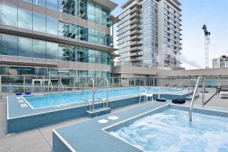 "Photo 17: 2002 125 E 14 Street in North Vancouver: Central Lonsdale Condo for sale in ""CENTREVIEW"" : MLS®# R2366804"