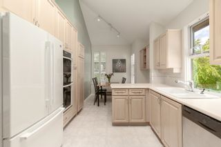 """Photo 12: 322 3769 W 7TH Avenue in Vancouver: Point Grey Condo for sale in """"Mayfair House"""" (Vancouver West)  : MLS®# R2602365"""