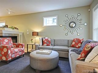 Photo 3: 3 1250 Johnson St in VICTORIA: Vi Downtown Row/Townhouse for sale (Victoria)  : MLS®# 744858