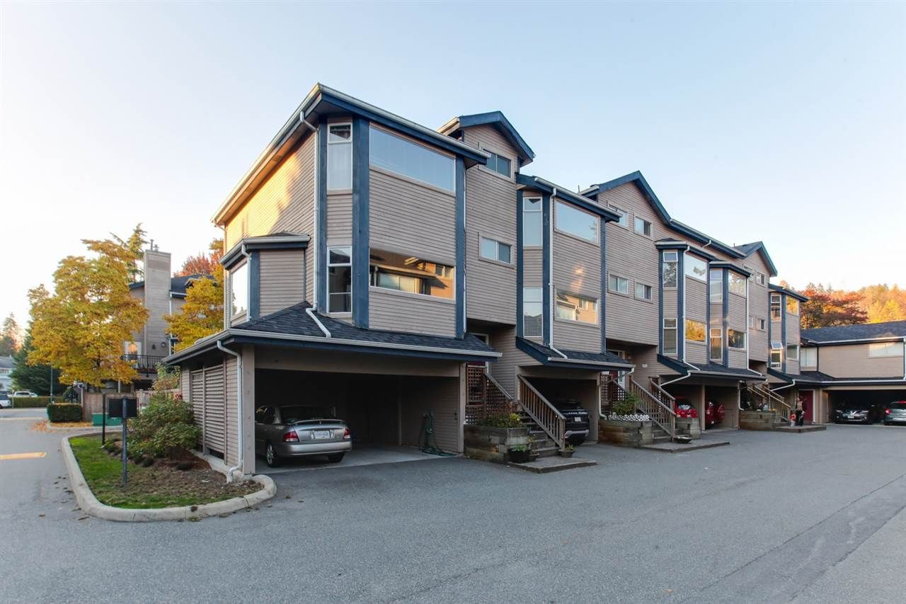 "Main Photo: 24 1195 FALCON Drive in Coquitlam: Eagle Ridge CQ Townhouse for sale in ""THE COURTYARDS"" : MLS®# R2347273"