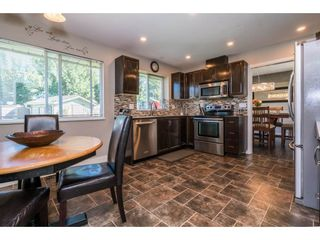 """Photo 7: 6132 185A Street in Surrey: Cloverdale BC House for sale in """"Eagle Crest"""" (Cloverdale)  : MLS®# R2204506"""