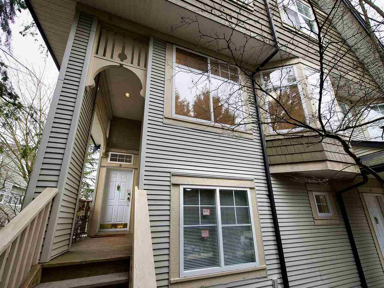 "Main Photo: 8 3711 ROBSON Court in Richmond: Terra Nova Townhouse for sale in ""TENNYSON GARDENS"" : MLS®# R2135040"