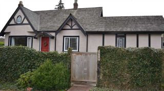 Photo 1: 5979 CARNARVON Street in Vancouver: Kerrisdale House for sale (Vancouver West)  : MLS®# R2147956