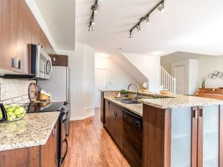 Photo 6: 128 2200 PANORAMA DRIVE in Port Moody: Heritage Woods PM Townhouse for sale : MLS®# R2403790