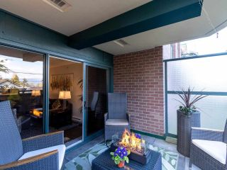 """Photo 29: 211 2665 W BROADWAY in Vancouver: Kitsilano Condo for sale in """"MAGUIRE BUILDING"""" (Vancouver West)  : MLS®# R2550864"""