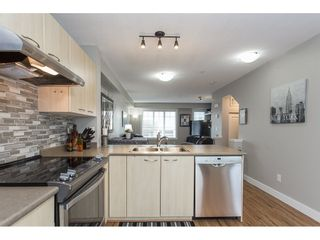 """Photo 10: 22 20176 68 Avenue in Langley: Willoughby Heights Townhouse for sale in """"STEEPLECHASE"""" : MLS®# R2146576"""