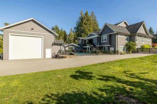 """Photo 8: 22041 86A Avenue in Langley: Fort Langley House for sale in """"TOPHAM ESTATES"""" : MLS®# R2570314"""
