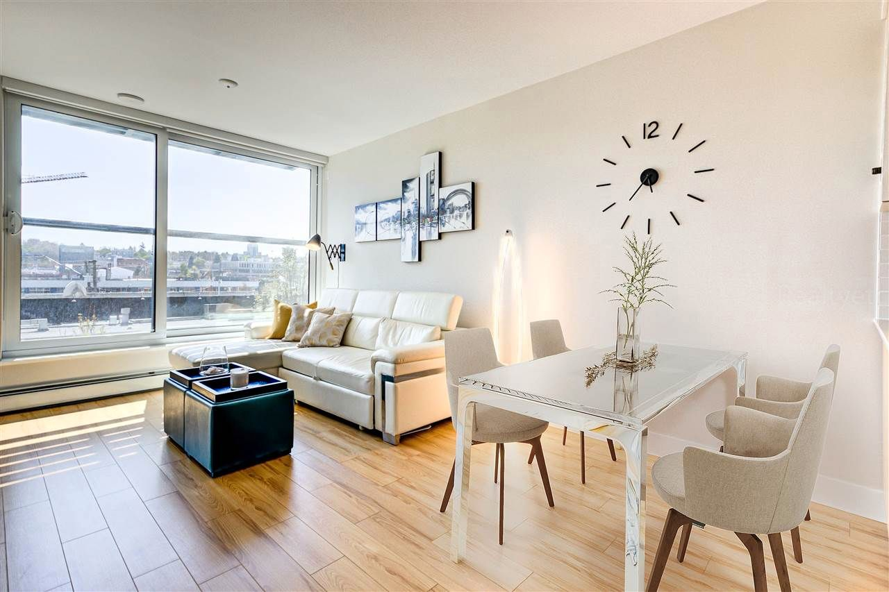 """Main Photo: 512 159 W 2ND Avenue in Vancouver: False Creek Condo for sale in """"Tower Green at West"""" (Vancouver West)  : MLS®# R2572677"""