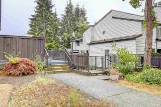 """Photo 2: 6 3370 ROSEMONT Drive in Vancouver: Champlain Heights Townhouse for sale in """"ASPENWOOD"""" (Vancouver East)  : MLS®# R2204325"""