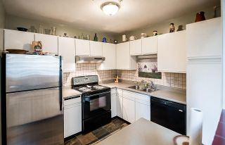 "Photo 12: 2614 W 5TH Avenue in Vancouver: Kitsilano 1/2 Duplex for sale in ""SWEET, SWEET KITSILANO, BABY"" (Vancouver West)  : MLS®# R2180188"