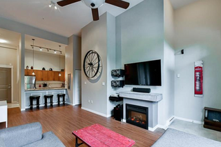 Photo 2: 113 12350 Harris Road in Pitt Meadows: Mid Meadows Townhouse for sale : MLS®# R2123521