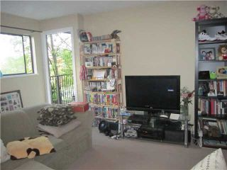 "Photo 4: 204 1365 E 7TH Avenue in Vancouver: Grandview VE Condo for sale in ""MCLEAN GARDENS"" (Vancouver East)  : MLS®# V1127103"