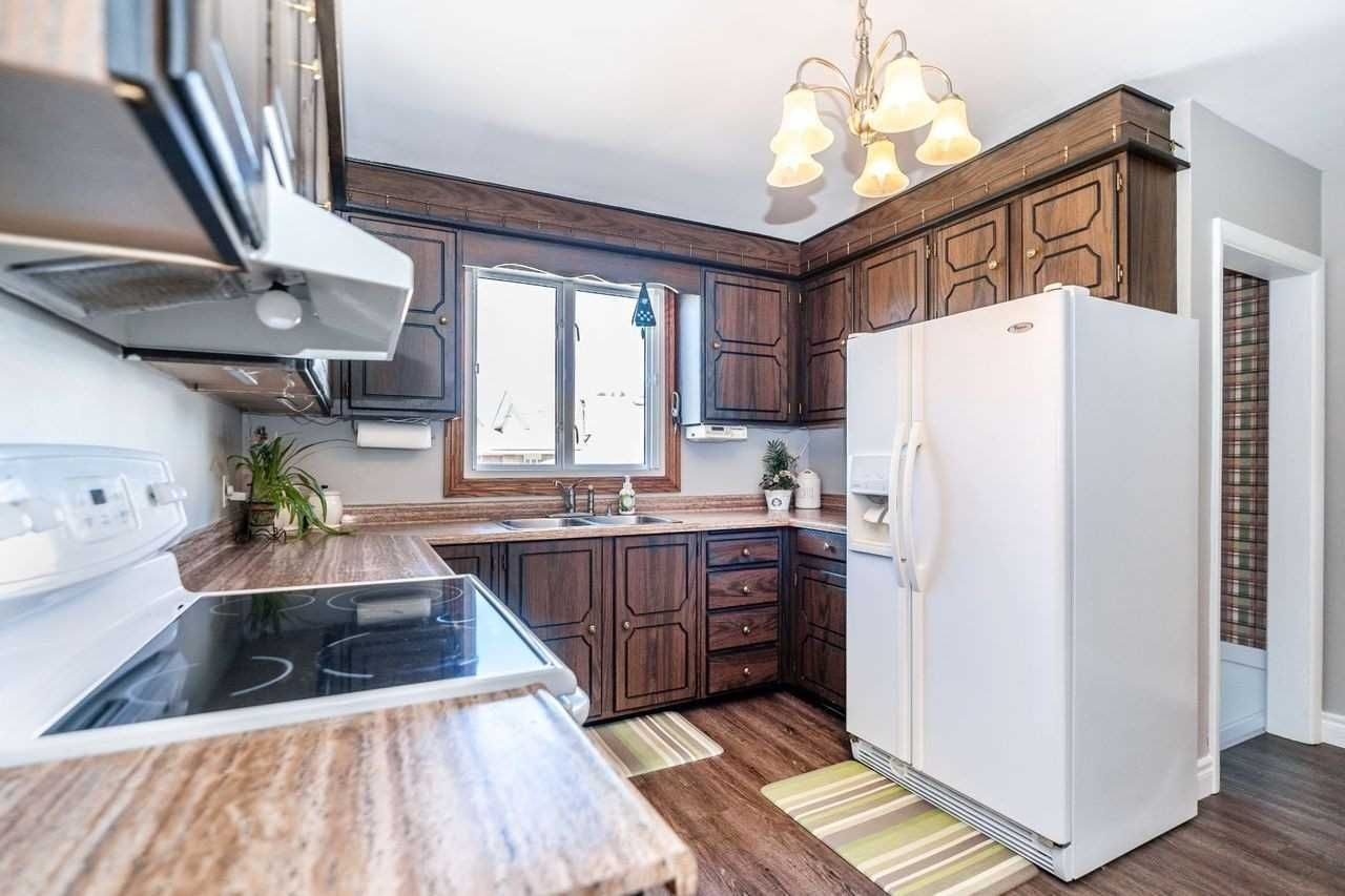Photo 22: Photos: 26 East Lawn Street in Oshawa: Donevan House (Bungalow) for sale : MLS®# E4818284