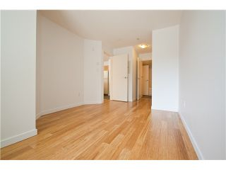 """Photo 7: 218 2768 CRANBERRY Drive in Vancouver: Kitsilano VW Condo for sale in """"ZYDECO"""" (Vancouver West)  : MLS®# V835905"""