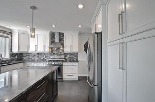 Photo 12: 29 West Cedar Point SW in Calgary: West Springs Detached for sale : MLS®# A1131789