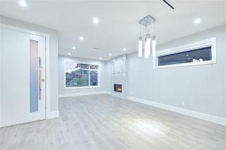 Photo 11: 7835 12TH Avenue in Burnaby: East Burnaby 1/2 Duplex for sale (Burnaby East)  : MLS®# R2418591