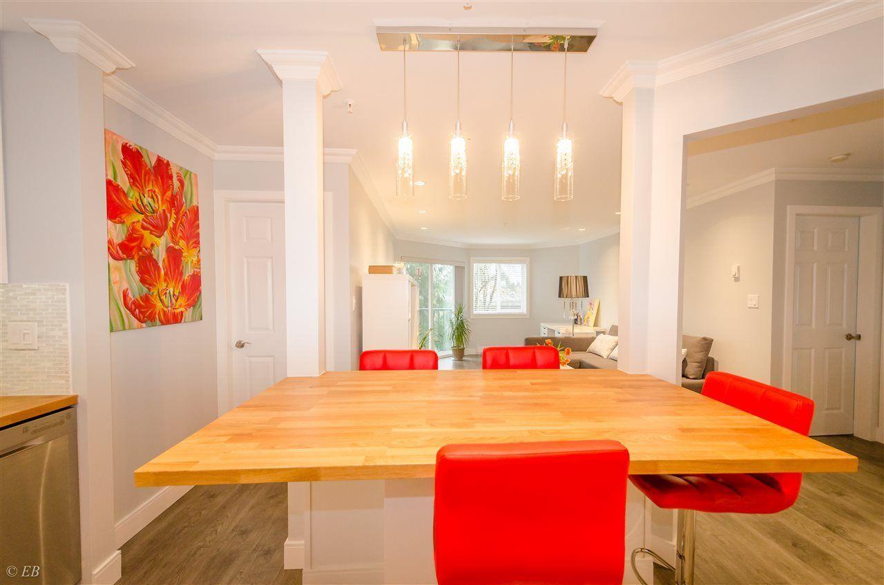 "Photo 1: Photos: 206 31771 PEARDONVILLE Road in Abbotsford: Abbotsford West Condo for sale in ""BRECKENRIDGE ESTATES"" : MLS®# R2237649"