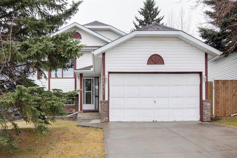FEATURED LISTING: 11331 Coventry Boulevard Northeast Calgary