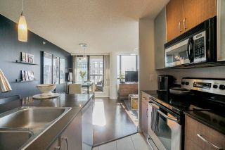 Photo 4: 2806 909 MAINLAND STREET in Vancouver: Yaletown Condo for sale (Vancouver West)  : MLS®# R2507980