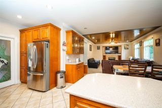 Photo 11: 27973 TRESTLE Avenue in Abbotsford: Aberdeen House for sale : MLS®# R2587115