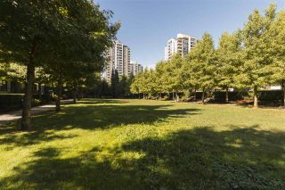 "Photo 17: 2602 4250 DAWSON Street in Burnaby: Brentwood Park Condo for sale in ""OM2"" (Burnaby North)  : MLS®# R2204133"