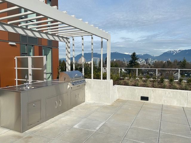Photo 15: Photos: 110-469 W. King Edward in Vancouver: Marpole Condo for rent