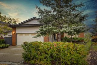 Main Photo: 23 HAWKSLOW Place NW in Calgary: Hawkwood Detached for sale : MLS®# A1119342