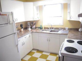 Photo 6: 110 PILGRIM Avenue in WINNIPEG: St Vital Residential for sale (South East Winnipeg)  : MLS®# 1020150