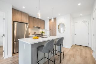 """Photo 11: 403 128 E 8TH Street in North Vancouver: Central Lonsdale Condo for sale in """"CREST"""" : MLS®# R2611340"""
