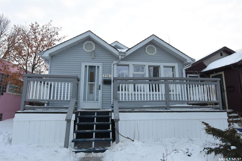 Main Photo: 2241 McTavish Street in Regina: Cathedral RG Residential for sale : MLS®# SK841626