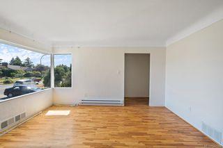 Photo 5: 2256-2258 Estevan Ave in Oak Bay: OB Henderson Full Duplex for sale : MLS®# 842582