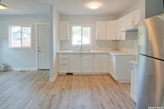 Photo 5: 323 G Avenue South in Saskatoon: Riversdale Residential for sale : MLS®# SK866116