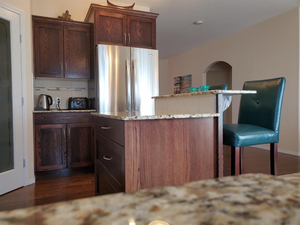Photo 8: Photos: 6305 58 Avenue: Innisfail Detached for sale : MLS®# A1082269