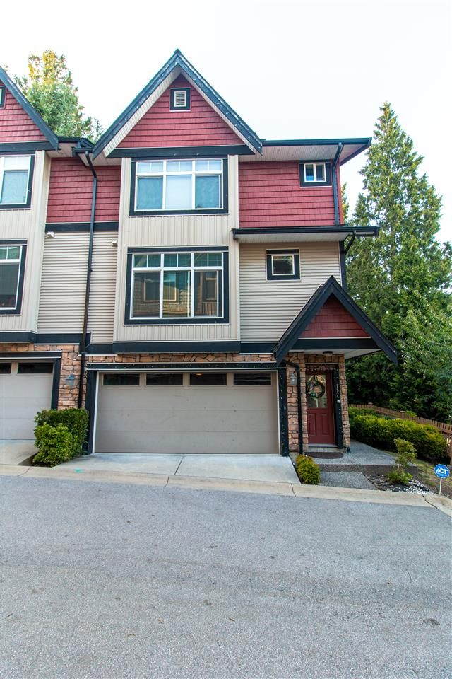 """Main Photo: 117 6299 144 Street in Surrey: Sullivan Station Townhouse for sale in """"ALTURA"""" : MLS®# R2511603"""